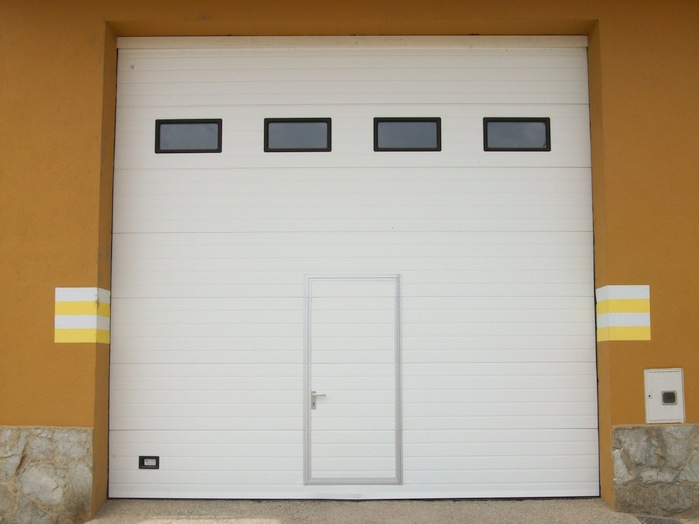 Precio puerta garaje seccional motorizada interesting - Motor puerta garaje seccional ...